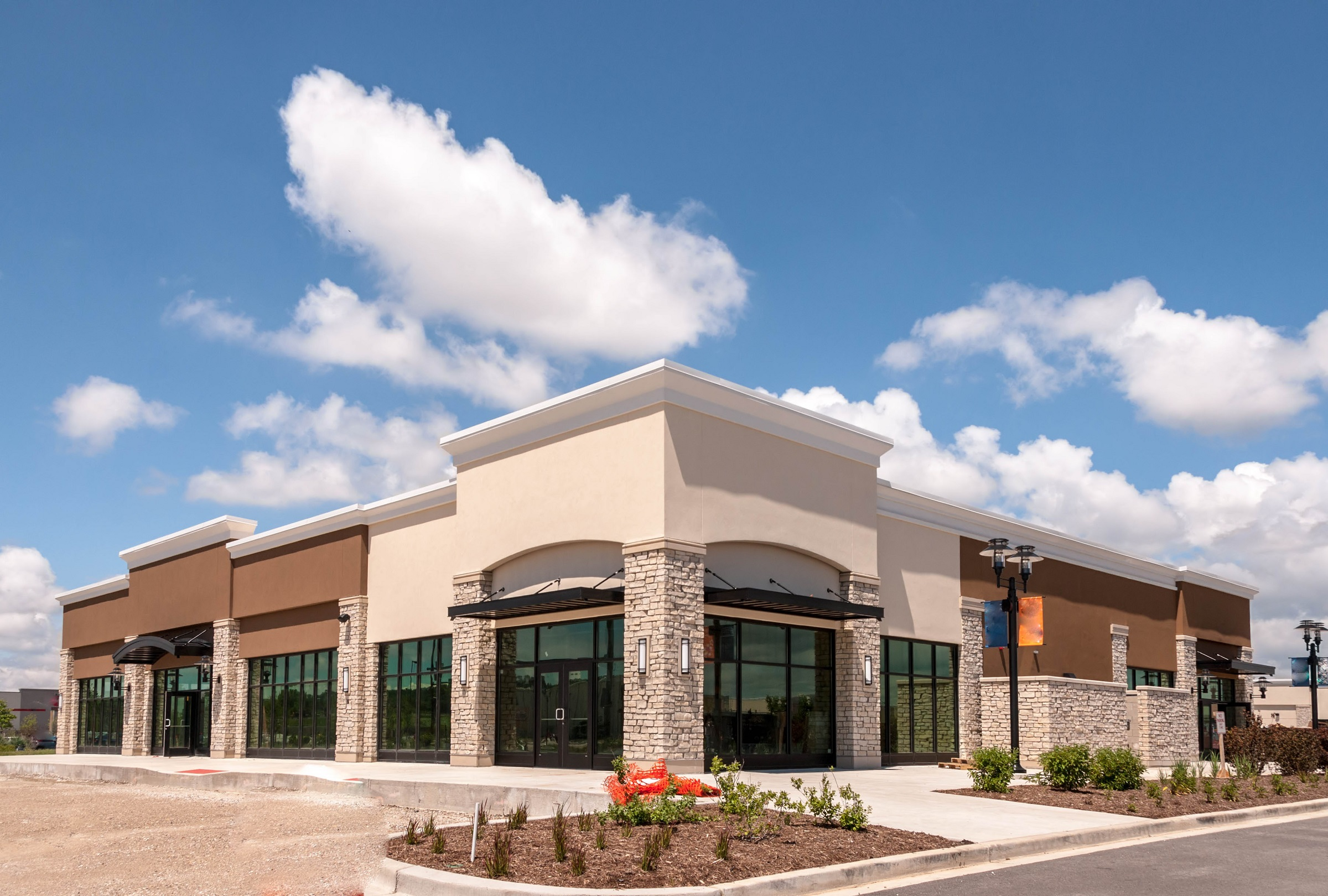 New,Commercial,,Retail,And,Office,Building,Space,Available,For,Sale